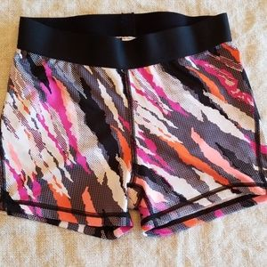 VSX The Player hot short, S
